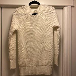 American Eagle Jeggjng Sweater